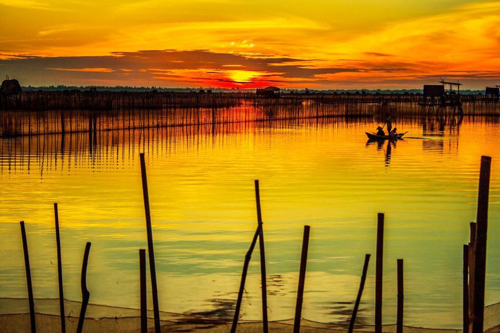 Ден 11: Хюе-Ханой-залива Халонг
