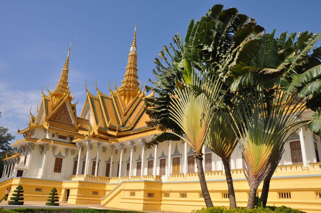 Ден 4:    Сием Риеп-Пном Пен-обиколка на града