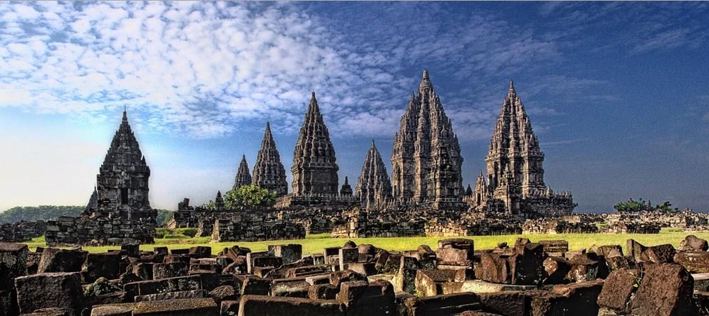 ДЕН 5:ДЖОКДЖАКАРТА – Туристическа обиколка на града/храм Боробудур/храм Прамбанан