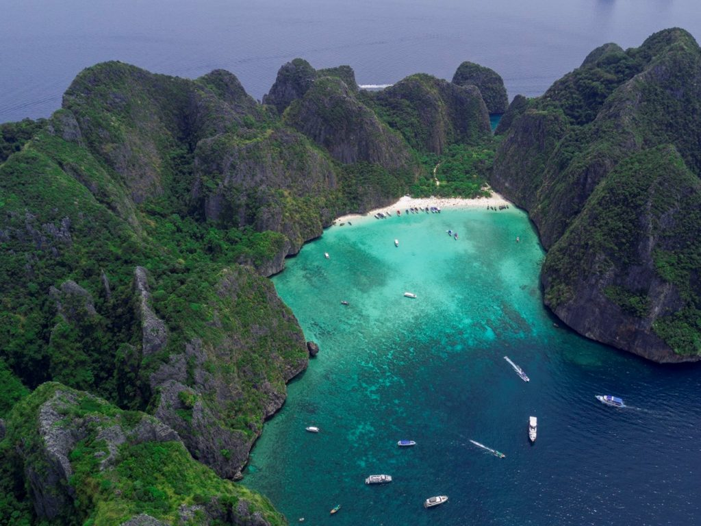 Ден 7:Пукет – туристическа обиколка на остров Фи Фи.