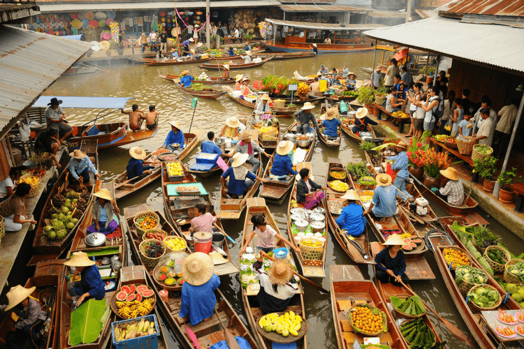 Ден 3:Банкок - Плаващ пазар – Туристическа обиколка на града